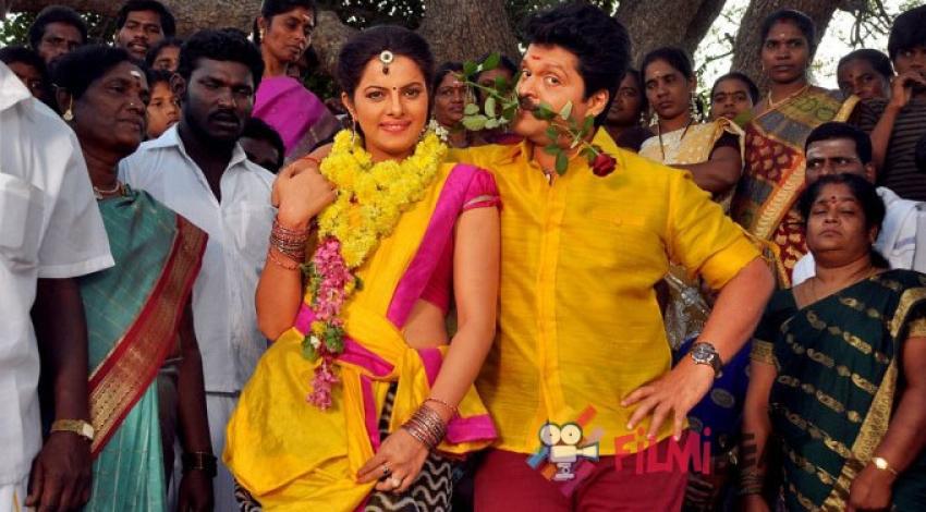 Kanniyum Kaalaiyum Sema Kadhal Photos