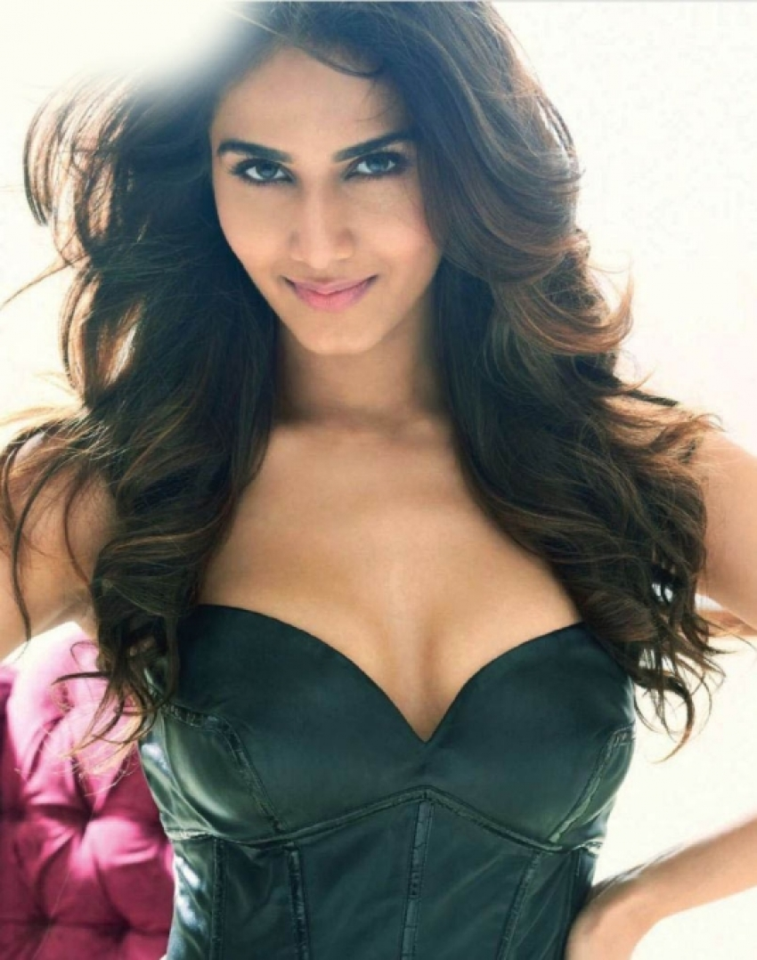 Vaani Kapoor Photos Hd Latest Images Pictures Stills Of Vaani