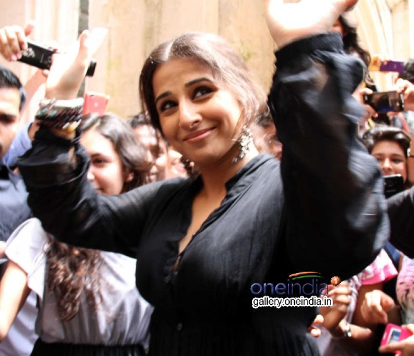 Vidya Balan at Distribution and Awareness Function of Smartcane Photos