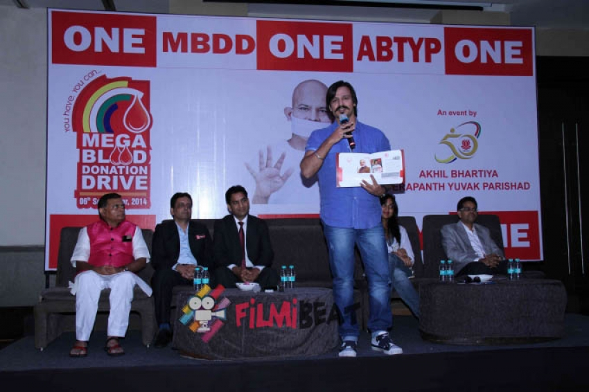 Vivek Oberoi launches Mega Blood Donation Drive Photos