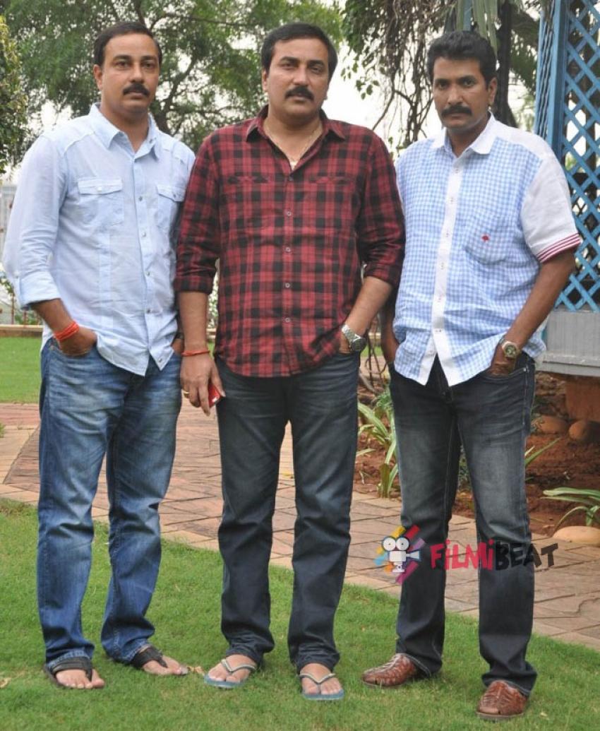 Aagadu Press Meet Photos