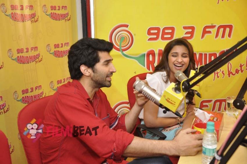 Parineeti and Aditya Roy Kapur promote Daawat-e-Ishq at Radio Mirchi Photos