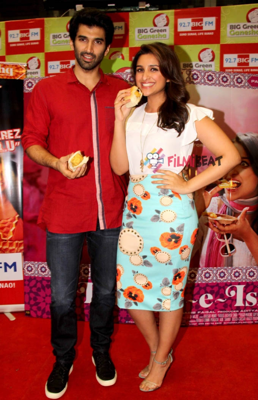 Parineeti and Aditya Roy Kapur promote Daawat-e-Ishq at Big FM Photos