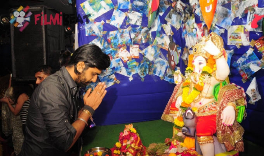 Bhairavi Goswami visits Sai Sanskar Ganesh Utsav Photos