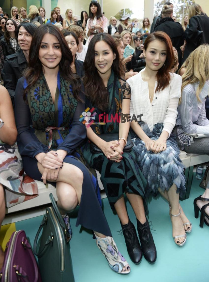 Burberry Prorsum Womenswear Show Photos