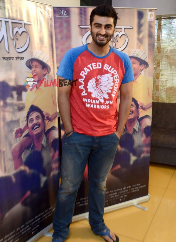Marathi Movie Tapal Special Screening Photos