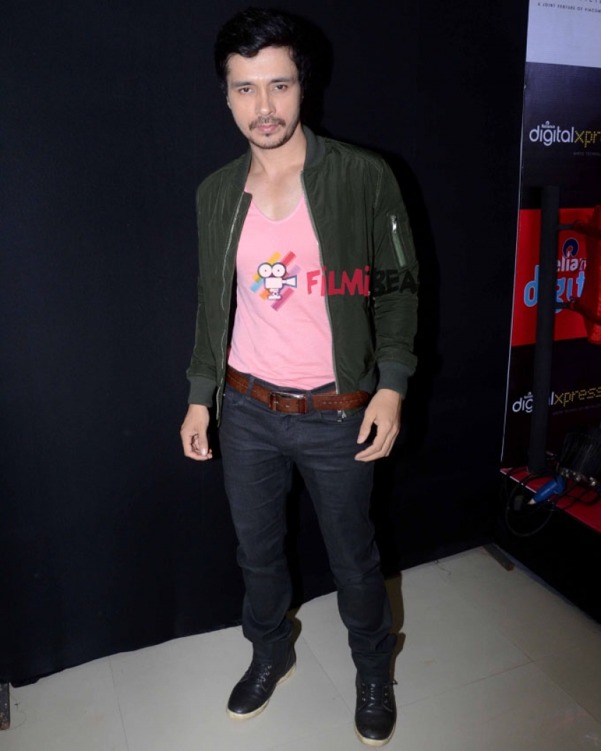 Priyanka Chopra and Darshan Kumar Promote Mary Kom Photos