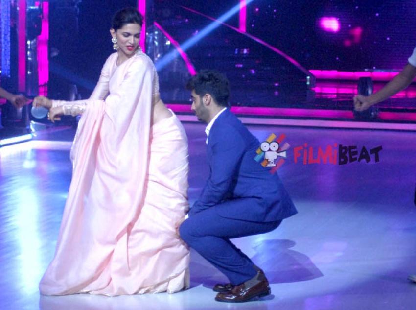 Finding Fanny Promotion on Jhalak Dikhhla Jaa Photos