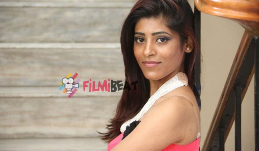 Gayatri (Telugu Actress) Photos