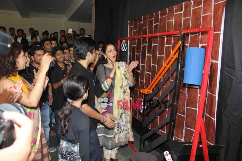 Hema Malini Inaugurates State Of The Art Film & Television Studio Photos