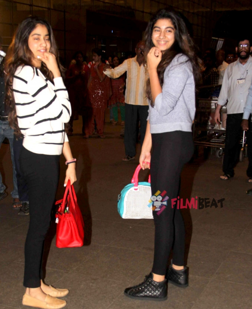 Sridevi And Boney Kapoor With Daughters Snapped At Airport Photos