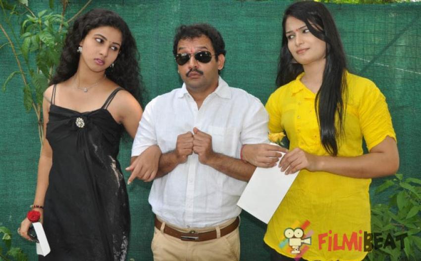 Katrina Karina Madhyalo Kamal Haasan Movie Launch Photos