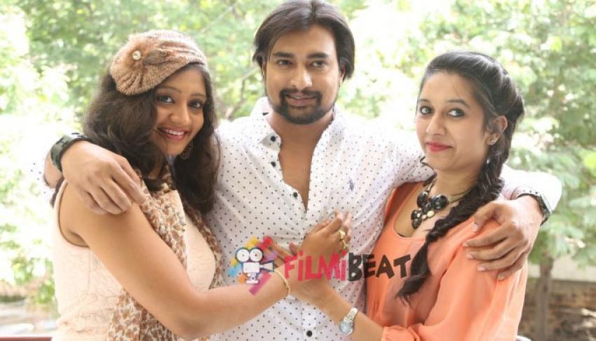 Rajmahal Press Meet Photos