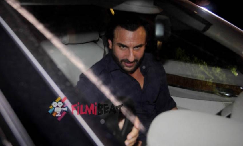Saif and Kareena Snapped At Bandra Photos
