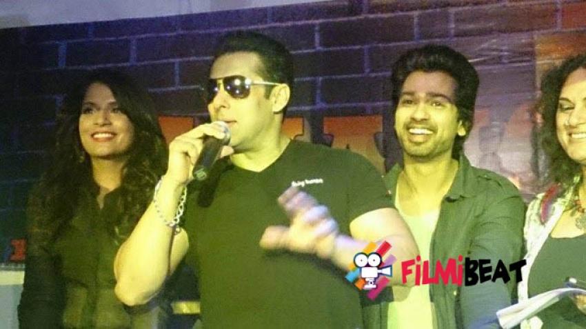 Salman turns DJ, Launches Tamanchey song In Da Club Photos