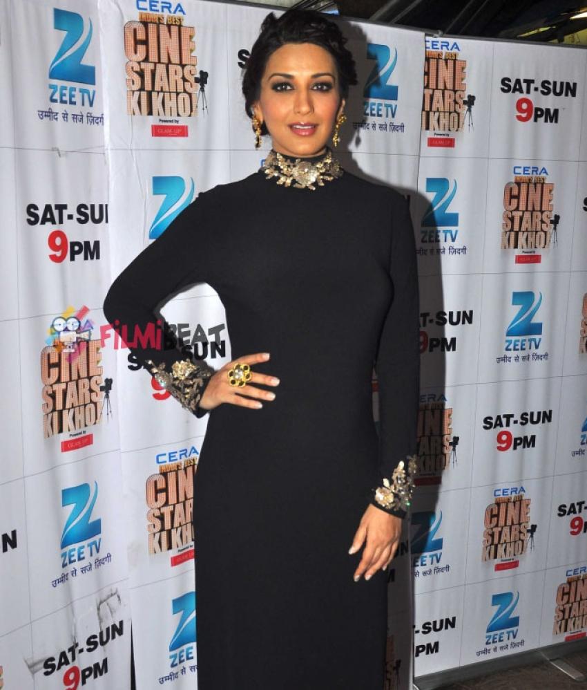 Shraddha And Shahid Promote 'Haider' On 'Cine Stars Ki Khoj' Photos
