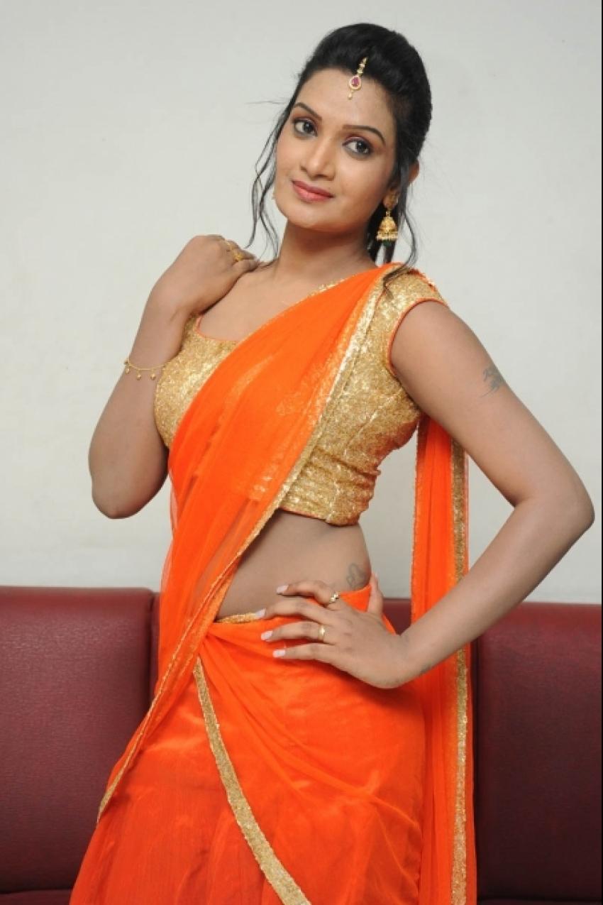 Srivani Reddy Photos