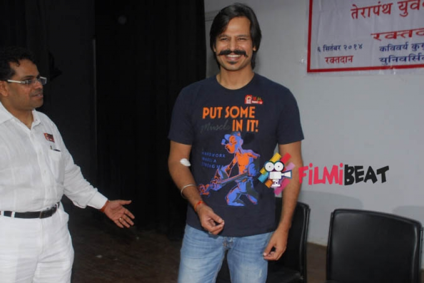 Vivek Oberoi Donates Blood Photos
