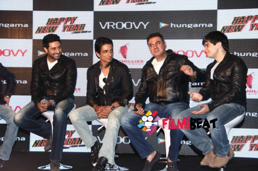 Press Conference of Happy New Year Mobile Game Success Photos