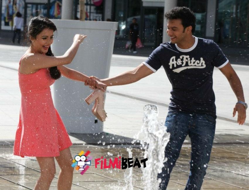 Ishq Wala Love Photos