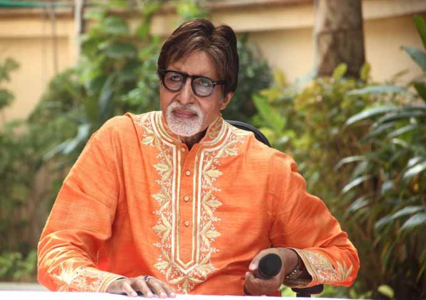 Amitabh Bachchan On His Birthday With Media At His House Photos