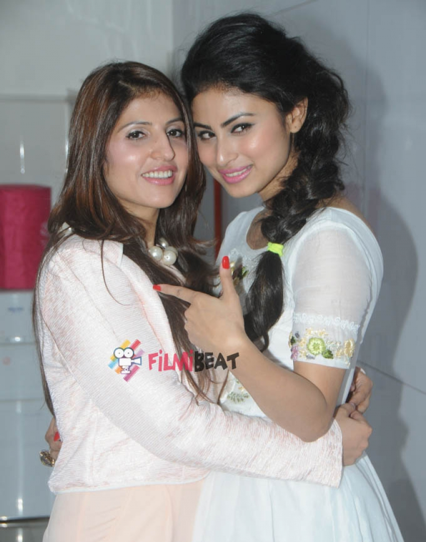 Mouni Roy Launches Dr. Ruby Tandon's Breakthrough Skincare Technology Photos