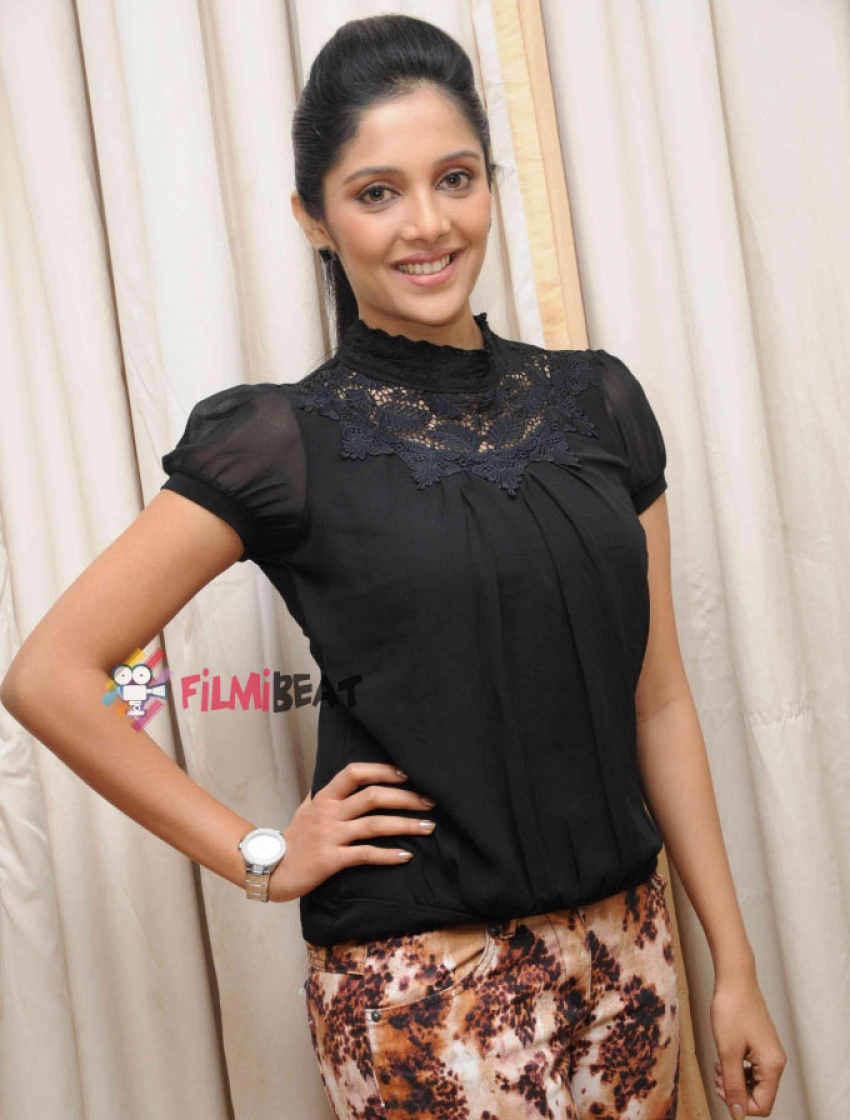 Fly Kannada Film Press Meet Photos