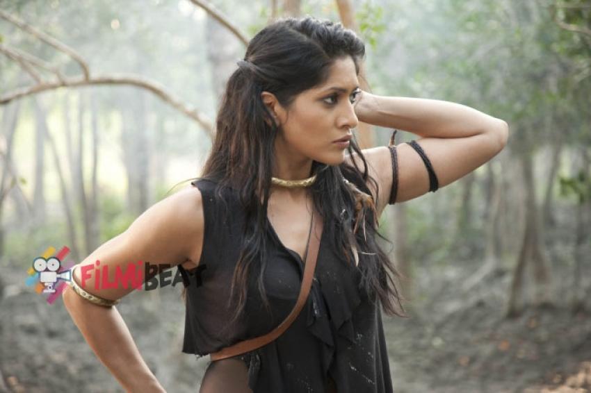 Himarsha Venkatsamy Photos