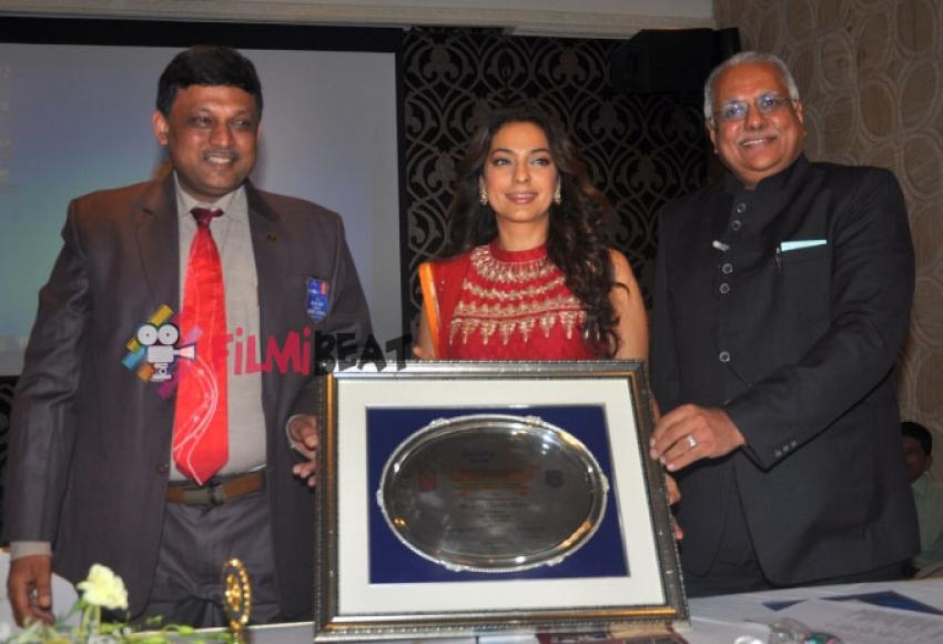 Juhi Chawla Receives Vocational Excellence Award Photos