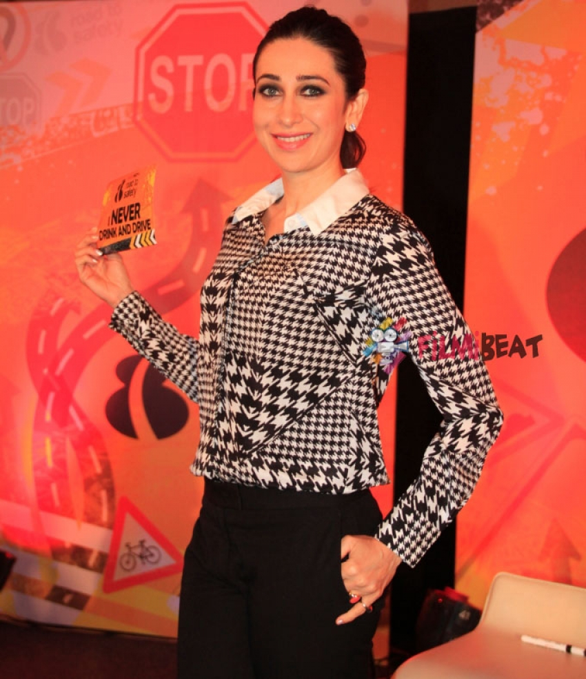 Karisma Kapoor and Anil Kumble Promote NDTV's 'Road To Safety' Campaign Photos