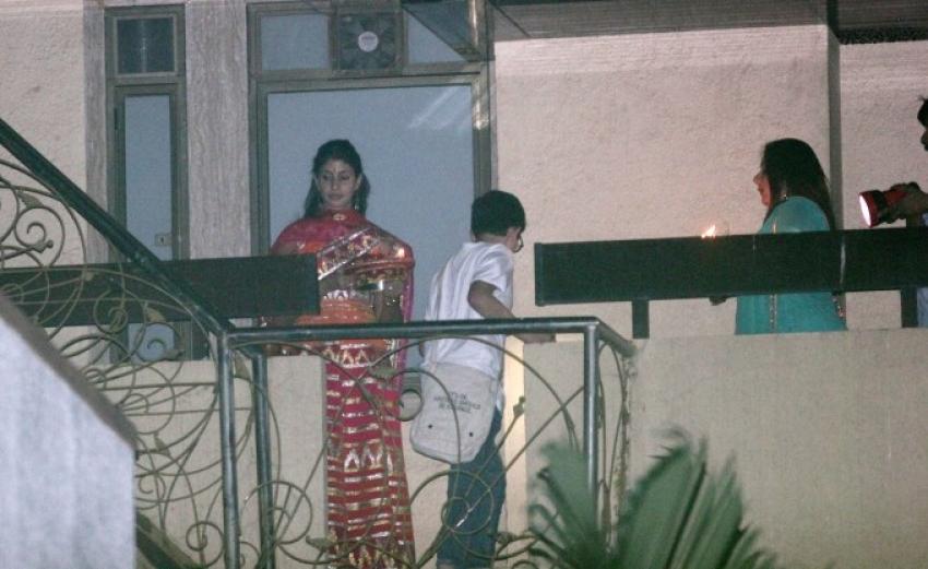 Karva Chauth Celebrations At Amitabh Bachchan Bunglow Photos