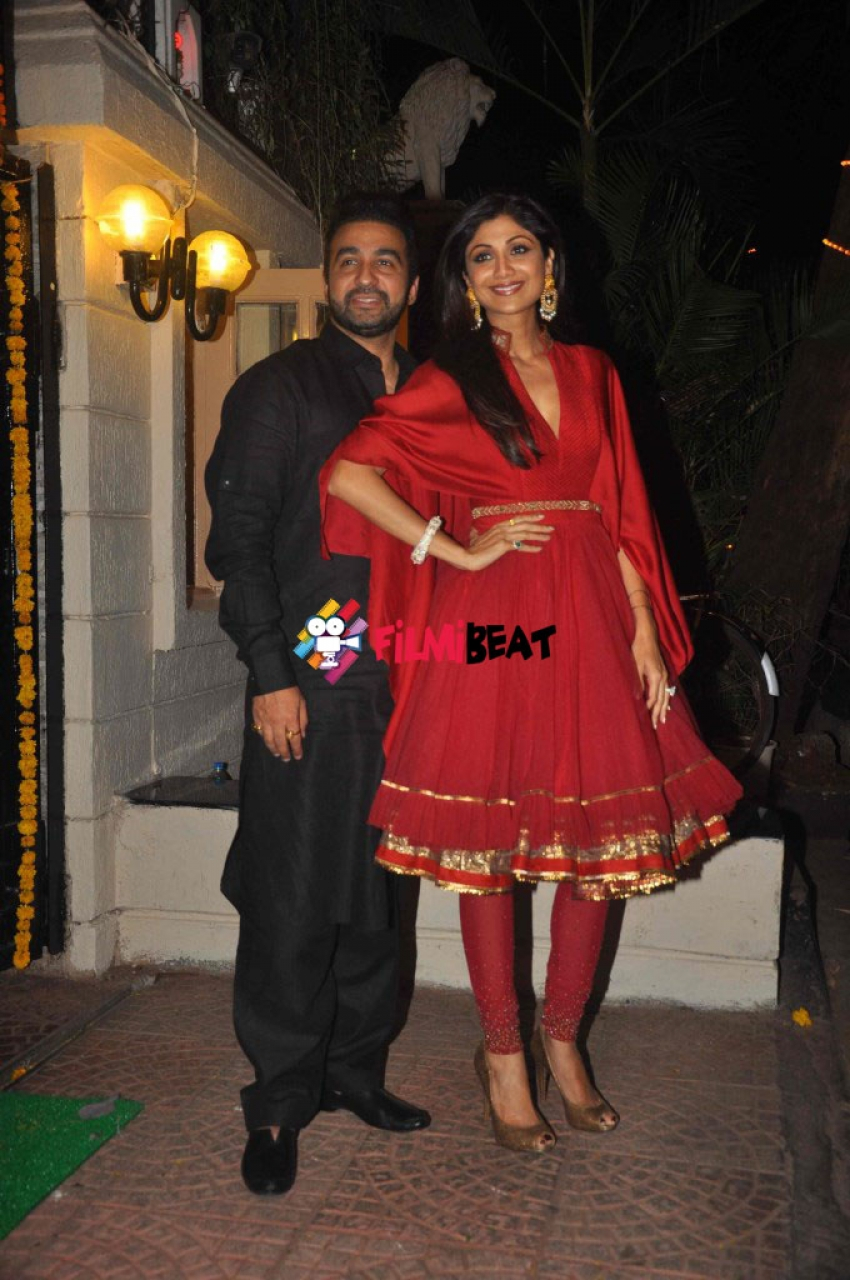 Celebs At Ekta Kapoor Diwali 2014 Bash Photos