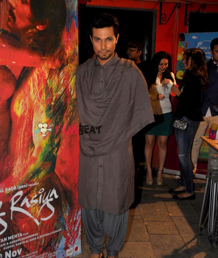 Fashion Show Based On Film Rang Rasiya Photos