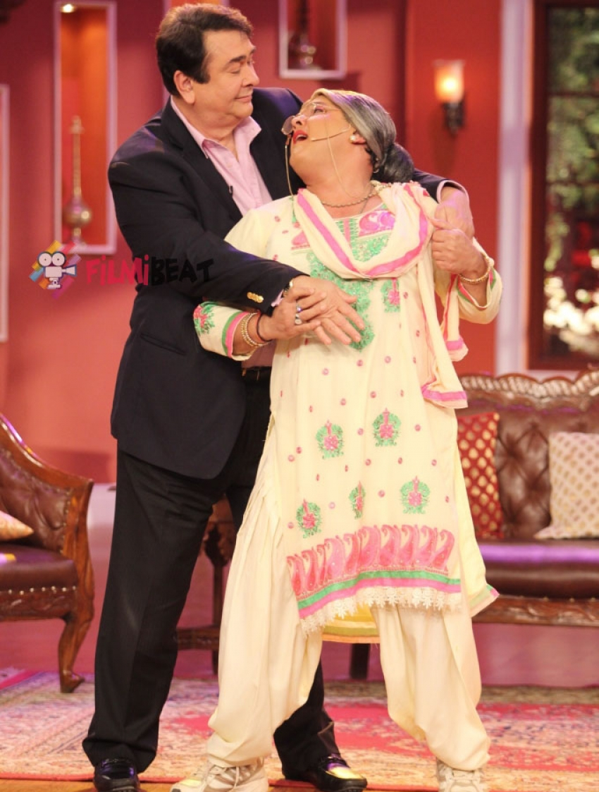 'Super Nani' Promotion On Comedy Nights With Kapil Photos