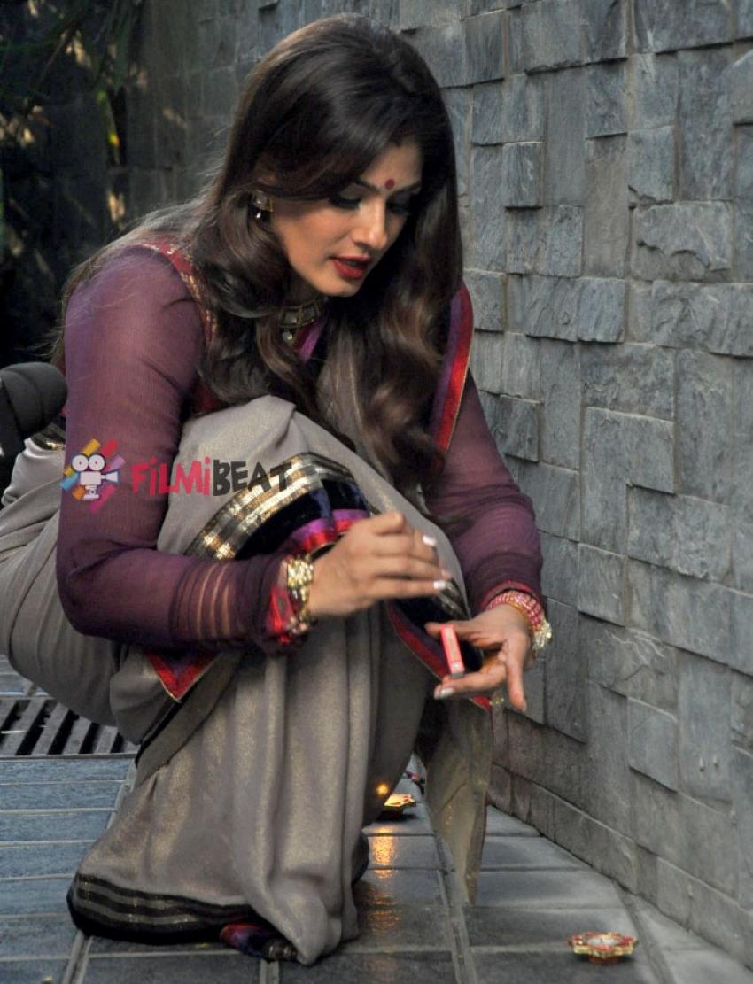Raveena Tandon Celebrates Diwali Photos
