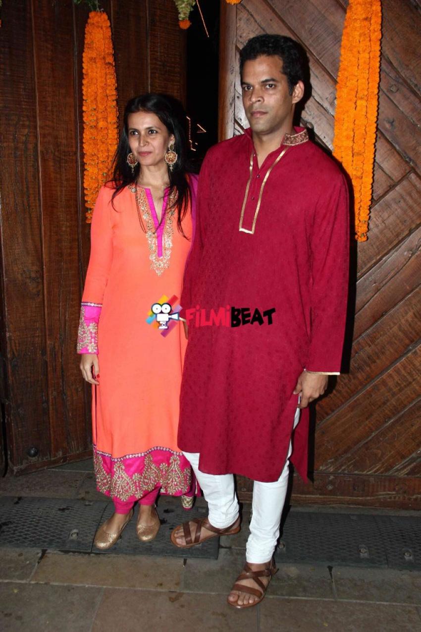 Celebs At Amitabh Bachchan's Jalsa For Diwali Celebrations 2014 Photos