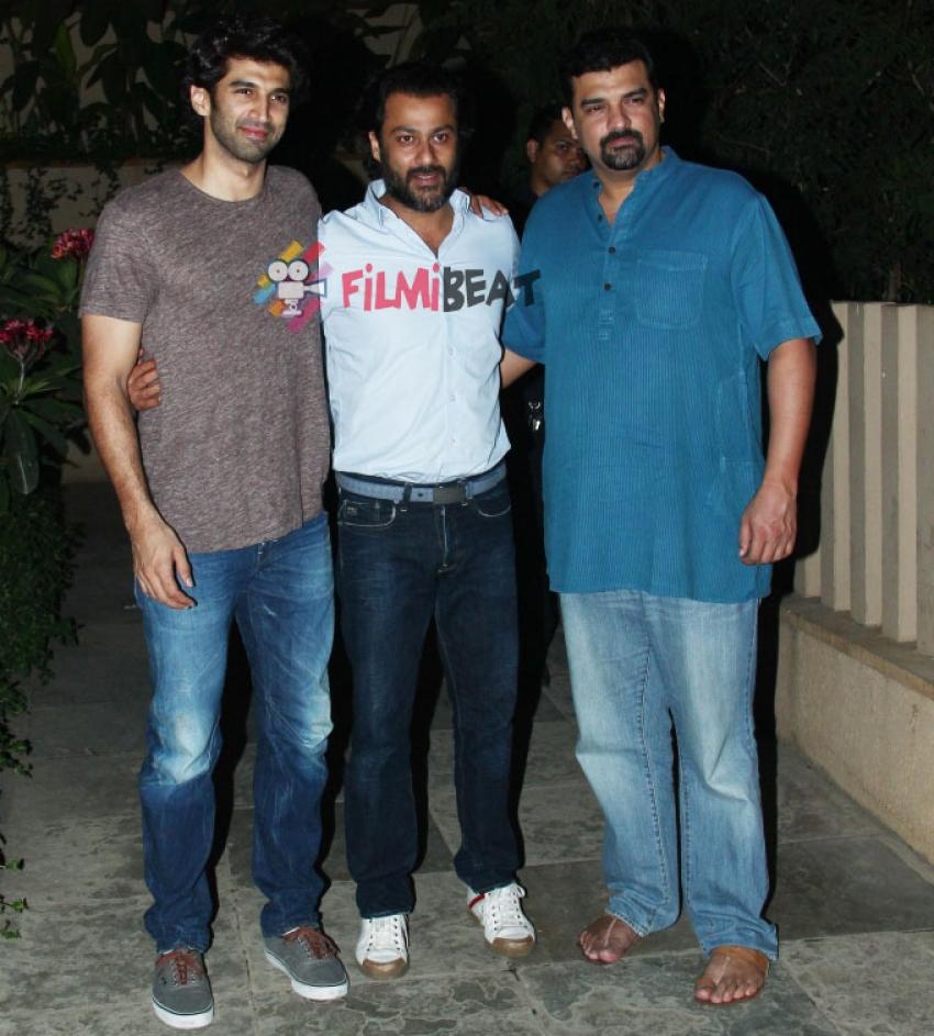 Abhishek Kapoor And Aditya Roy Kapur Snapped At Siddharth Roy Kapur's House Photos