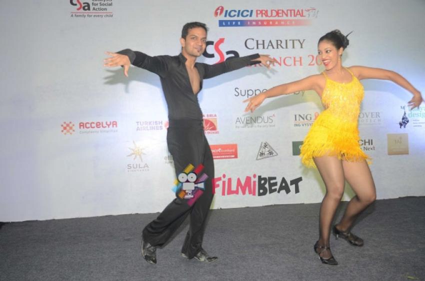 Sandip Soparrkar Performs At Fund Raising Art Auction For CSA Photos