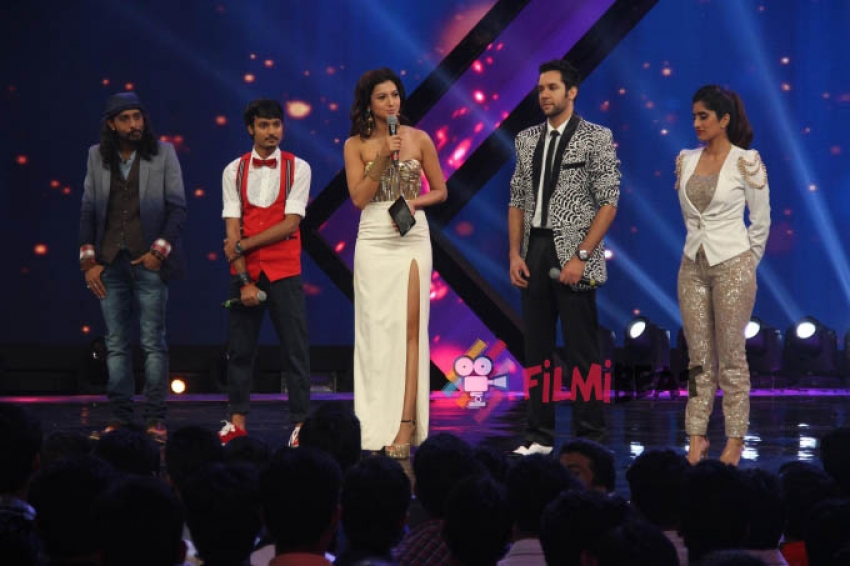 Promotion Of Happy Ending On The Sets Of India's Raw Star Photos
