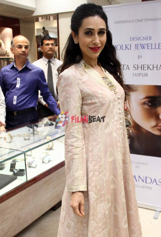 Karisma Kapoor Launches Sunita Shekhawat's Jewellery Photos
