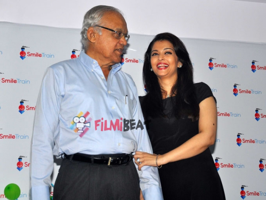 Aishwarya Rai Bachchan Gifts 100 Surgeries For Cleft Children Photos
