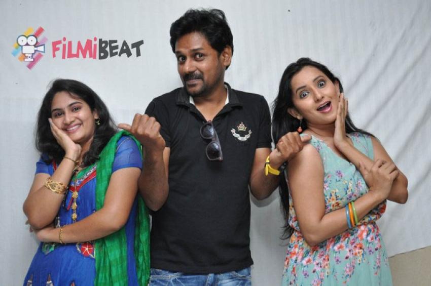 Malli Raadoy Life Movie Success Meet Photos