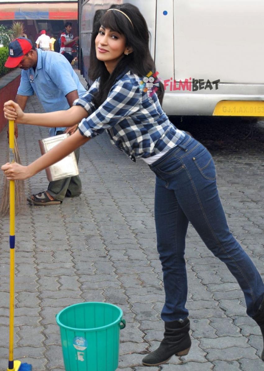 Miss Srilanka Chandi Joined Swachh Bharat Abhiyan Photos