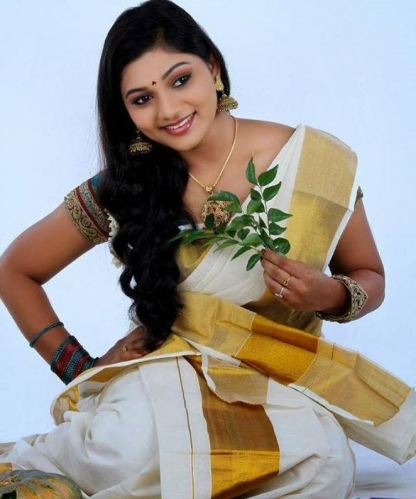Odum Raja Aadum Rani Photos