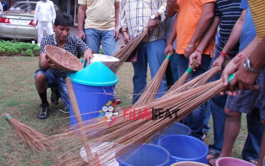 Raju Srivastav Joins Swachh Bharat Abhiyan Photos