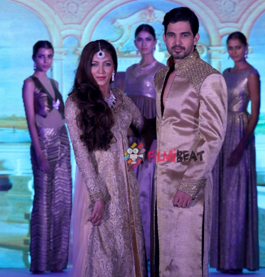 Royal Fables Dinner And Fashion Show Photos