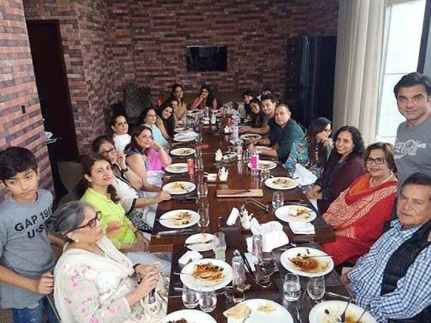 Salman Khan's Sister Arpita Khan's 'Grah Pravesh' Ceremony Photos