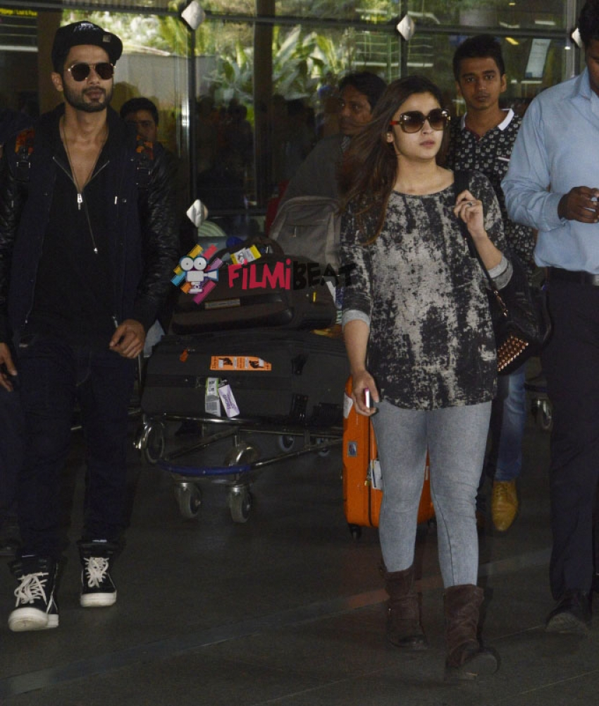 Shahid Kapoor And Alia Bhatt Back In Mumbai Photos