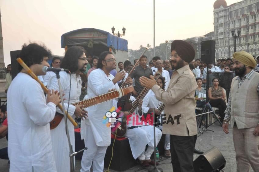 Shekhar Kapur, AR Rahman's 'Qyuki' Pay Tribute To 26/11 Martyrs Photos