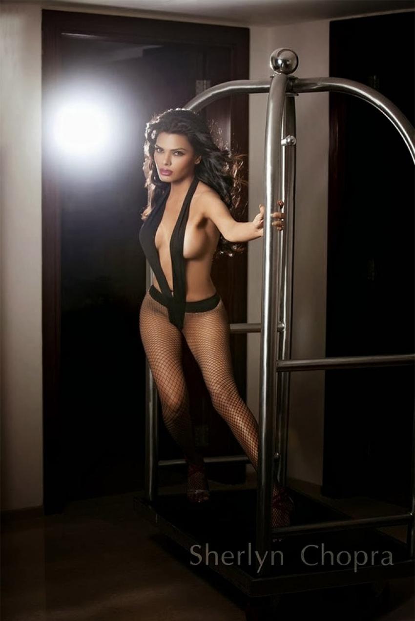 Bold Actress Bollywood Debuts Photos